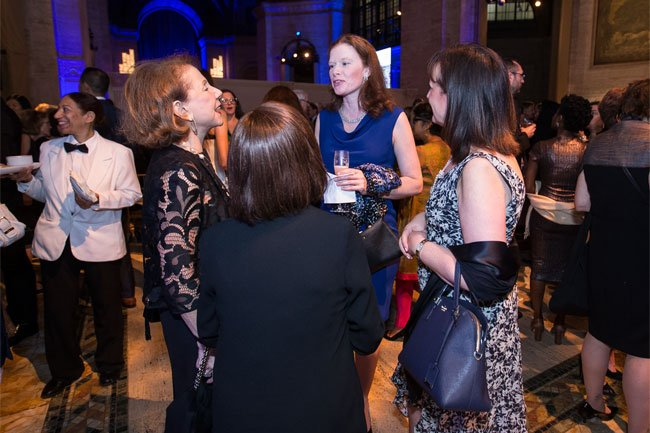Guests enjoy the cocktail reception at the 2018 Gala